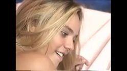 Porno brasileiro com linda mulher sofrendo no anal com dotado